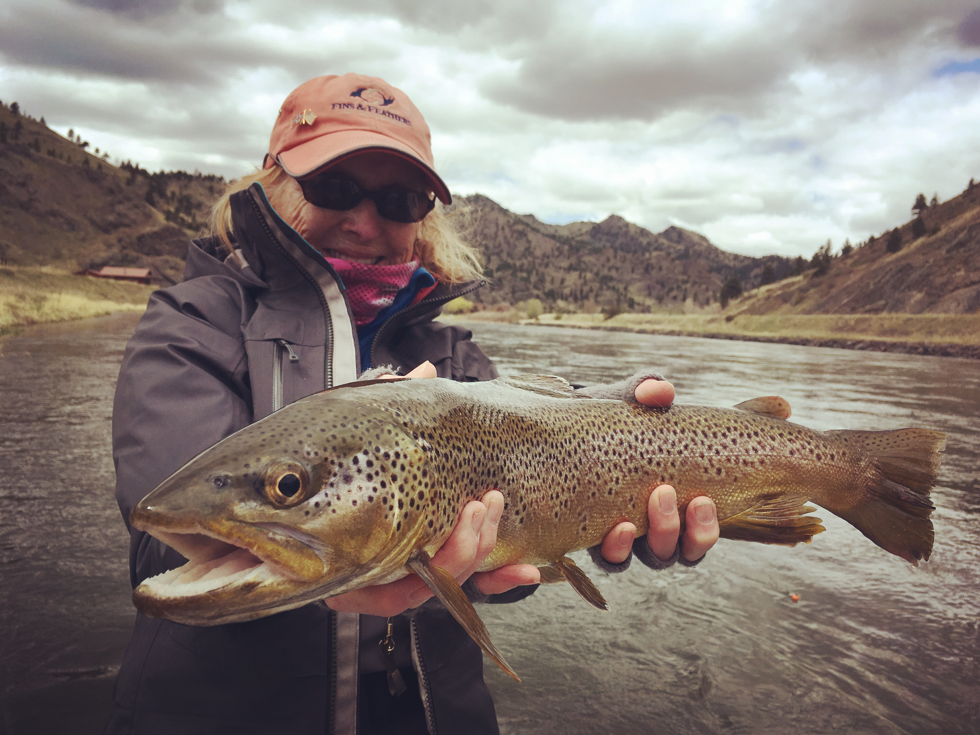 Missouri river fly fishing guide trips for Missouri river fly fishing